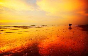 sunset-berjalan